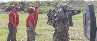 Отточенные движения: под Новороссийском идет конкурс АрМИ «Тактический стрелок»