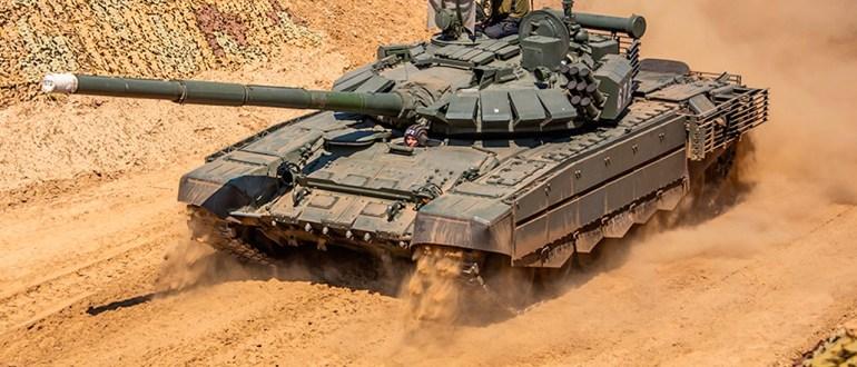 Военная база РФ в Таджикистане до конца года получит 30 улучшенных Т-72Б3М