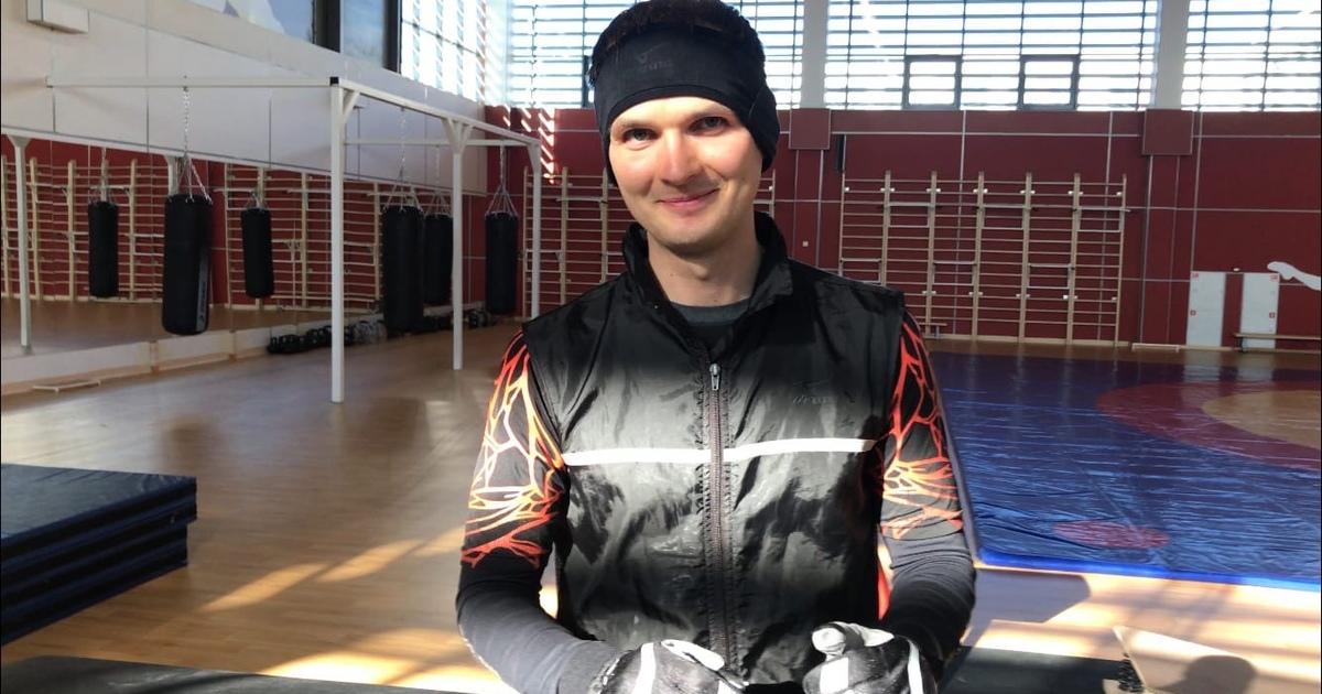 Преподаватель Омского кадетского корпуса ВДВ установил мировой рекорд для Книги рекордов Гиннесса
