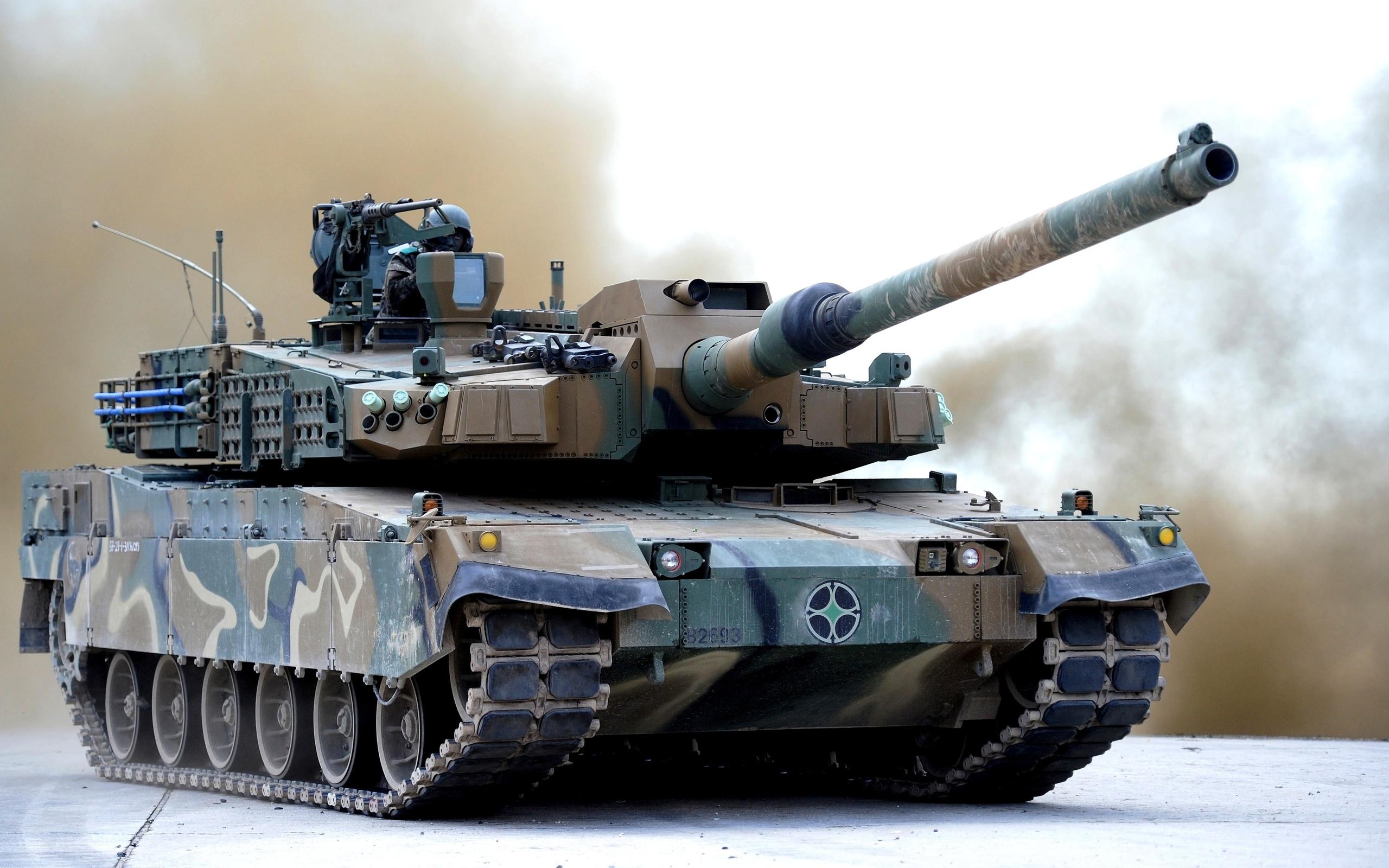 На танк K2NO Black Panther установили активную защиту из Израиля