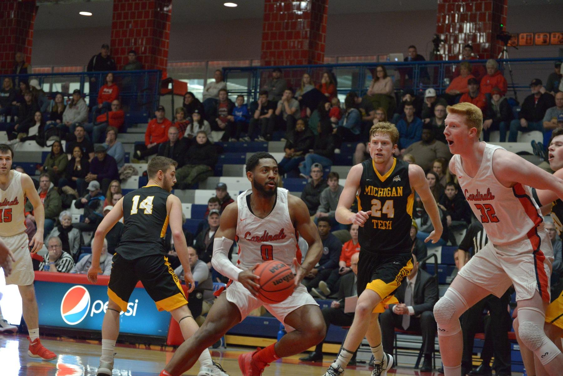 Men's Basketball vs Michigan Tech - Feb. 1. 2020 - Saginaw Valley State