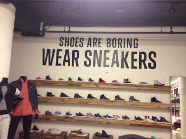 converse wear sneakers wall 02