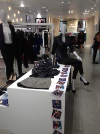 marciano store display (1)