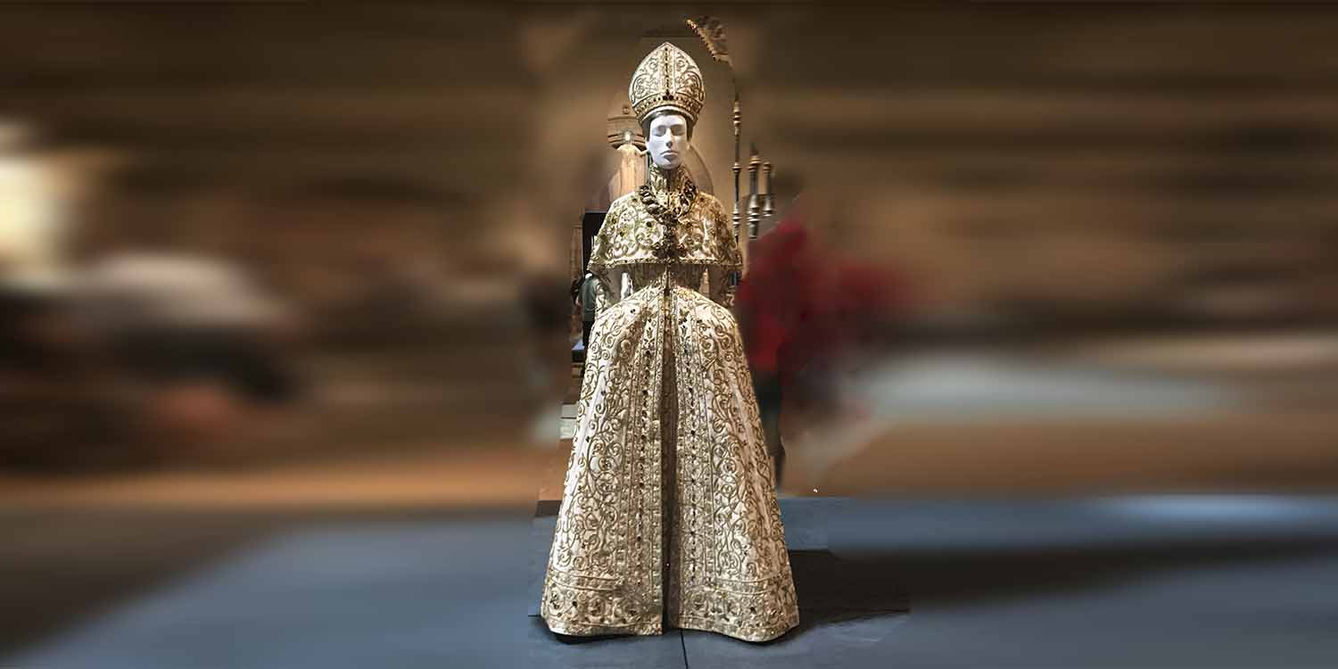 Fashion and the Catholic Imagination