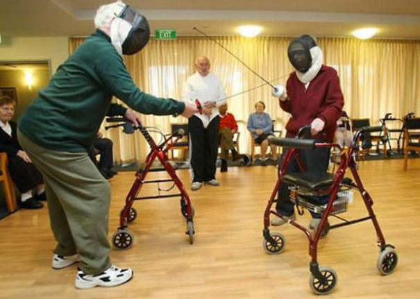 old-couples-having-fun-30__605
