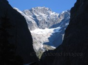 A beautiful sight of Nar peak, while entering the valley