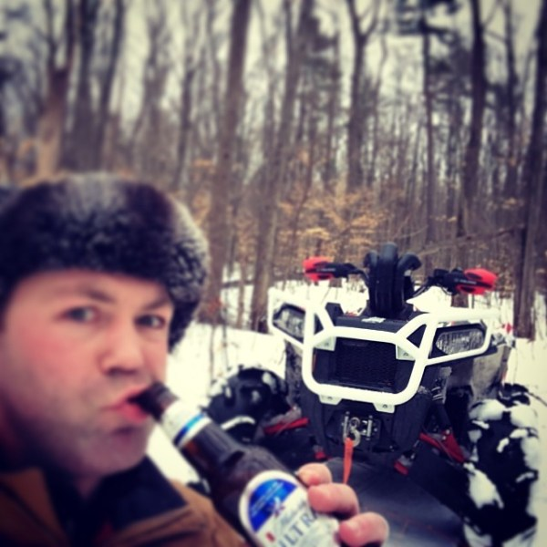 Stopped for a quick break #swampdonkeys #scrambler850 #polaris #beer