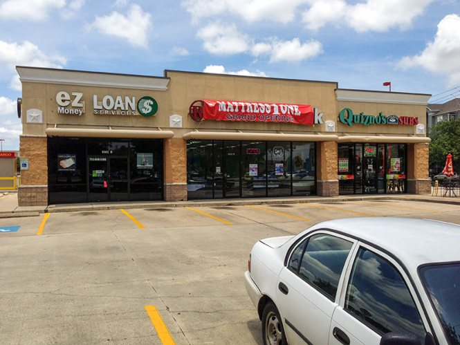 Mattress One In Former Radio Shack Location 8502 S Main St Houston
