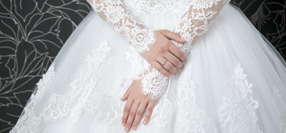 Swan Cleaners » Bridal Gown, Wedding Dress & Keepsake