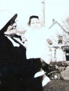 Aunt Sophie and Ruthie 5-6-1934