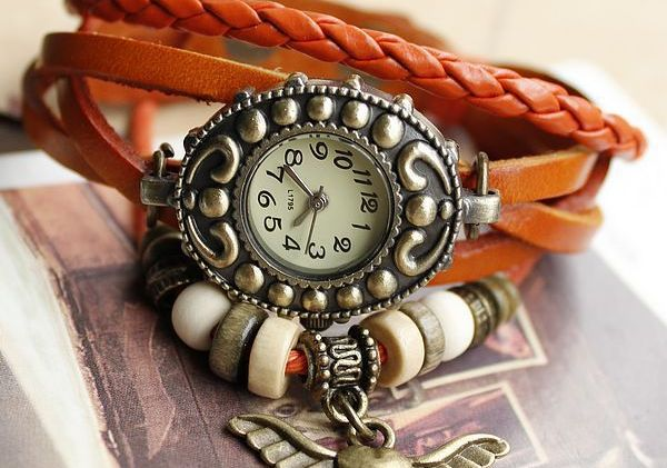 Glamorous Watches this Puja for Women