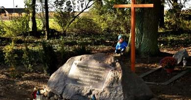 Niech mówią kamienie… Cmentarz ewangelicki w Gorzkim Polu uporządkowany i upamiętniony