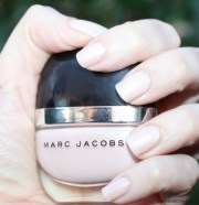 marc jacobs daisy #102 swatchfest