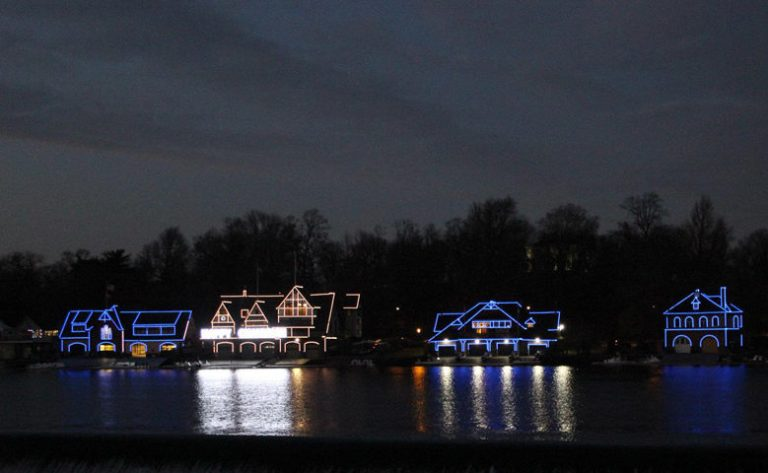 boathouse-row-lights-crtsy-parks-rec-780UW-780x480