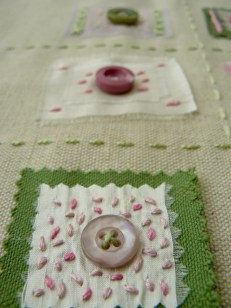 button and seed stitch