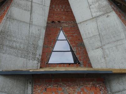 Pierwsze okno w kościele
