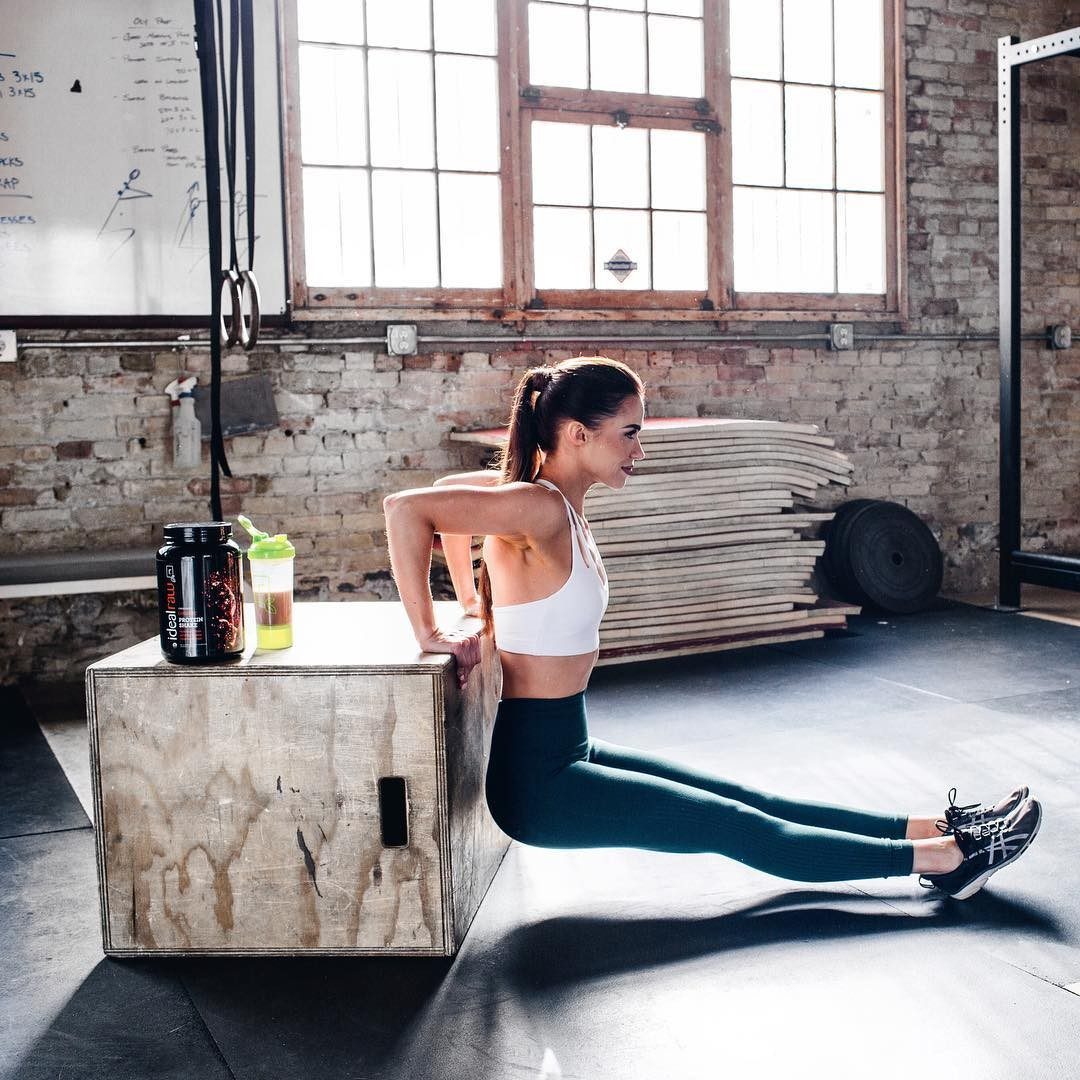 SWEAT by SlimClip Case 23970196_160006707850285_3026892714550493184_n Ashleigh DiLello Workout