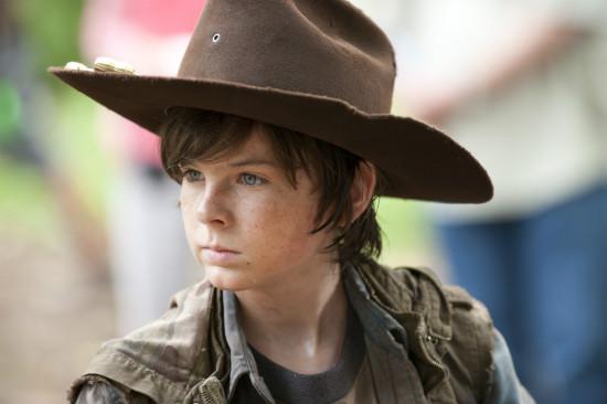 Chandler-Riggs-Carl-hat-Walking-Dead-AMC