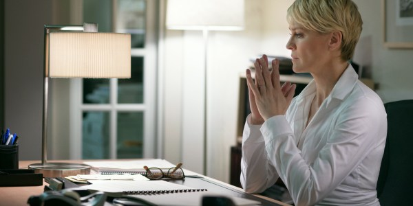 House of Cards 5 Moments - 3_claire admits having an abortion