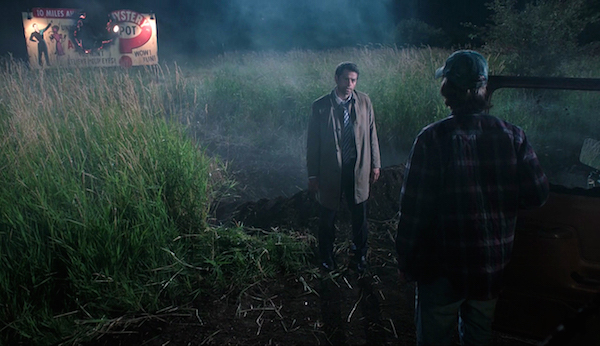 3-supernatural-season-twelve-episode-one-s12e1-keep-calm-and-carry-on-castiel-misha-collins-mystery-spot