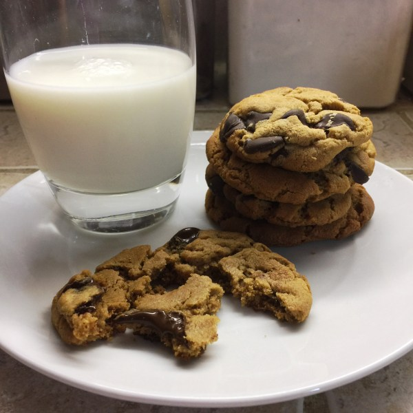 peanut-butteriest-chocolate-chip-cookie-8