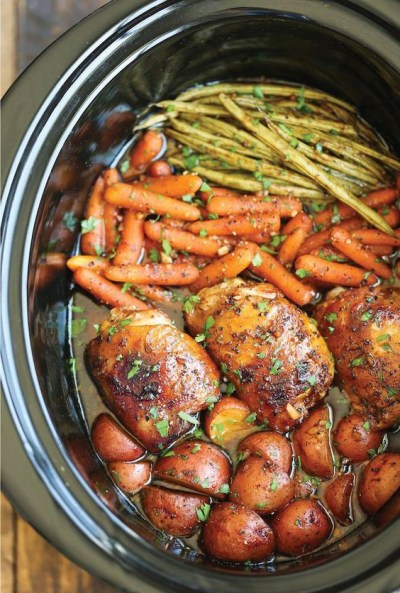 slow-cooker-honey-garlic-chicken-veggies