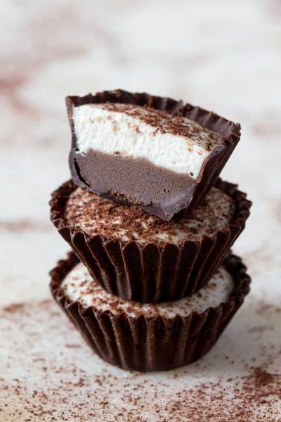 Clean eating coffee dessert - Cappuccino Vegan Cups by Lazy Cat Kitchen
