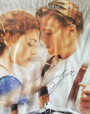 A close-up of Leo's signature