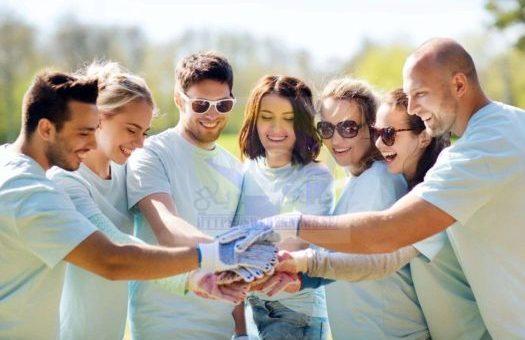 فرصة التطوع والسفر حول العالم