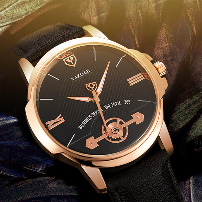 Classic Leather Strap Watch 1