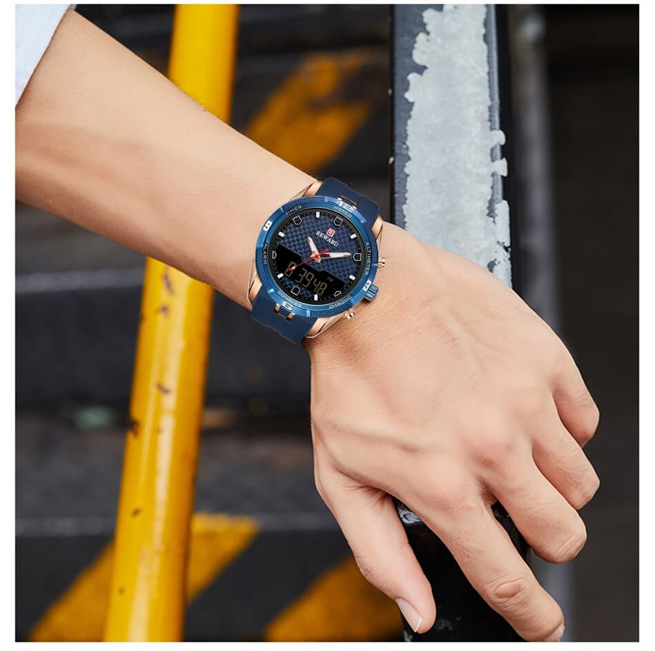Men's Watch With Silicone Band 1