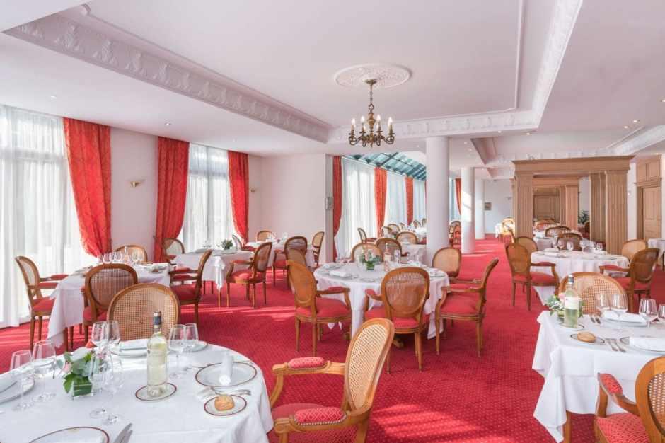 Villa Medicis Puteaux Salle a Manger