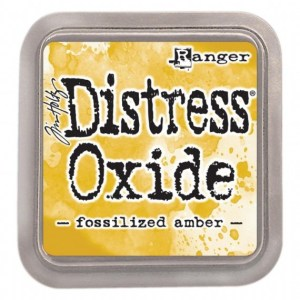 Distressed Oxide: Fossilized Amber