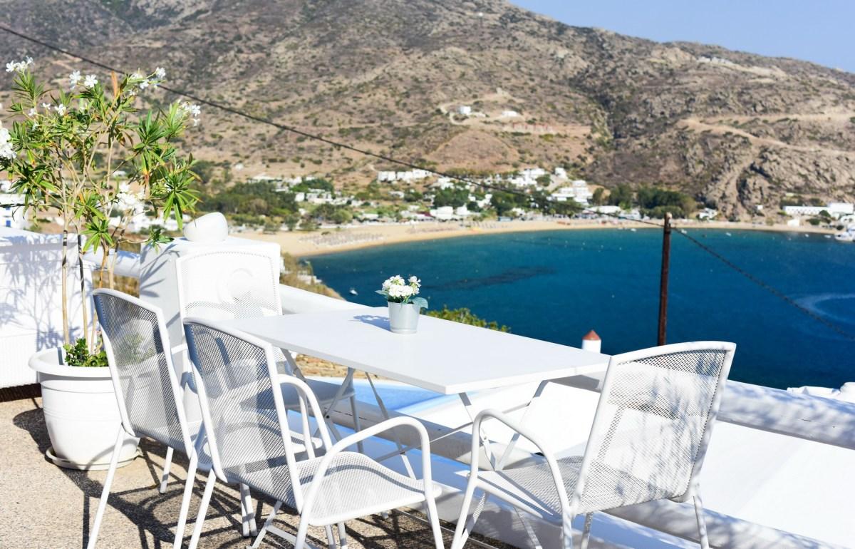 Petradi Hotel Ios Island Greece (13)