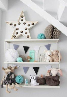 1-etagere-murale-petite-etagere-en-fer-forge-blanc-chambre-d-enfant-joujoux-mur-gris