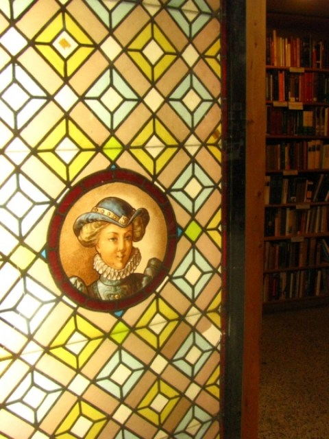 Do You Have a Favorite Independent Bookstore? - Sweet and Savoring