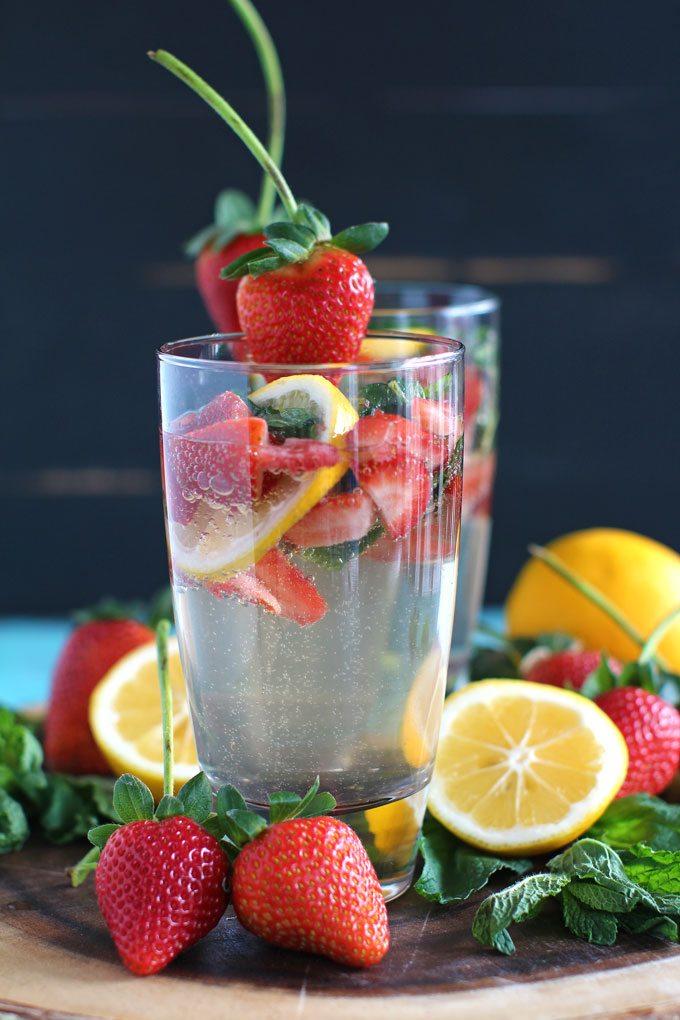 Strawberry Lemonade Vodka Club Soda