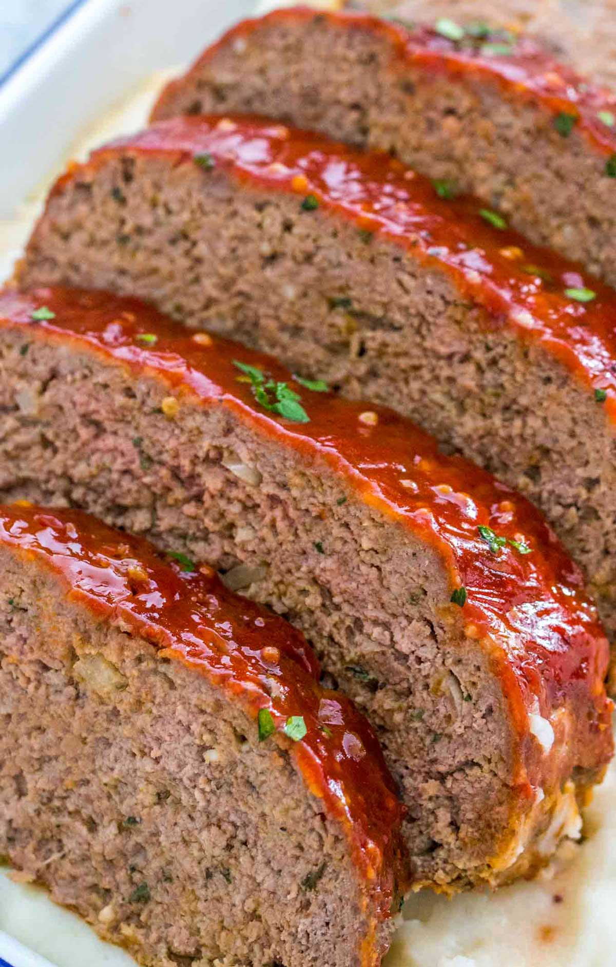 2 Lb Meatloaf Recipe With Crackers : meatloaf, recipe, crackers, Meatloaf, Recipe, [VIDEO], Sweet, Savory, Meals