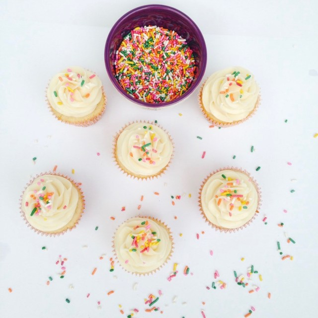 Classic Vanilla Cupcakes with Buttercream Frosting