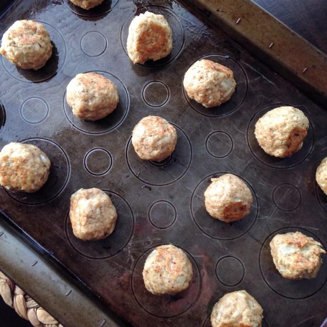 Slow cooker Buffalo Chicken Meatballs a healthy alternative