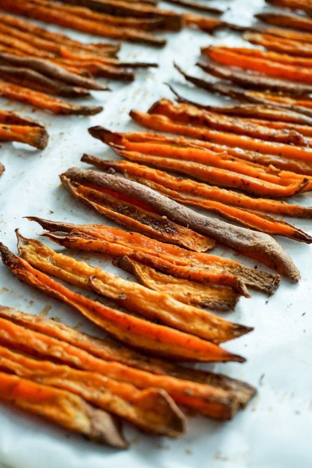 Crispy Seasoned Baked Sweet Potato Fries