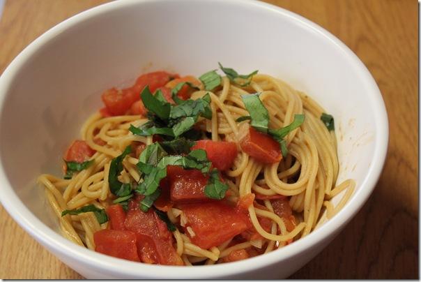 Pasta and Tomato With Honey Mustard Sauce (2/4)