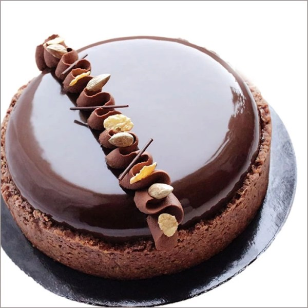 Glazed Chocolate Earl Grey Cake - The Concept of a Gentleman