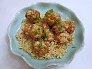 Secret Recipe Club: Baked Turkey Meatballs with Sweet Peanut Sauce