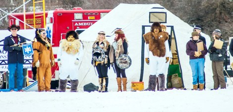 Skijoring - Yetis, Viking Divas and Host