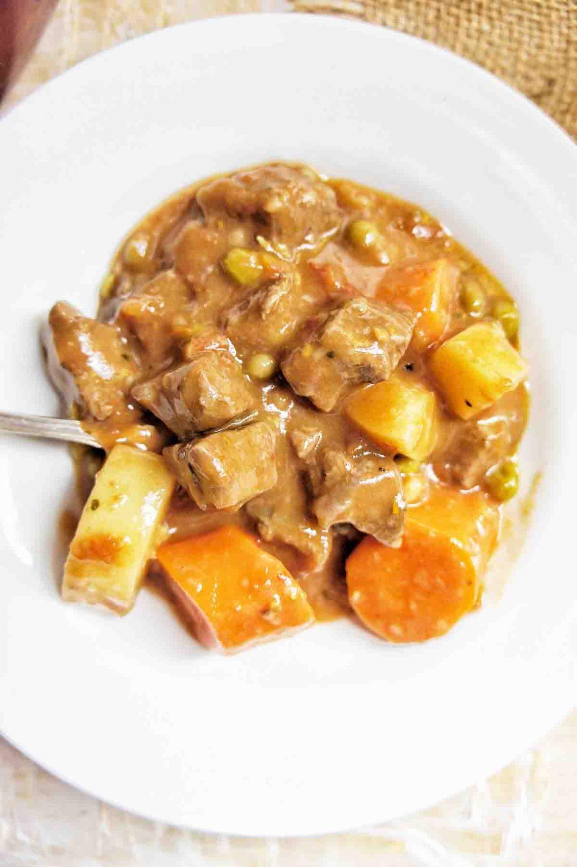 Easy Chunky Beef Stew | Sweet Caramel Sunday