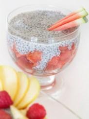 Kokos-Chiapudding mit Wassermelone