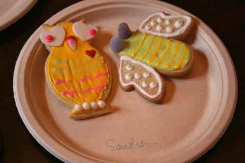 Sandra's owl and bee