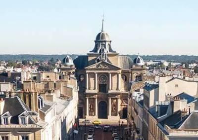 Un monte-escalier SMART à Versailles