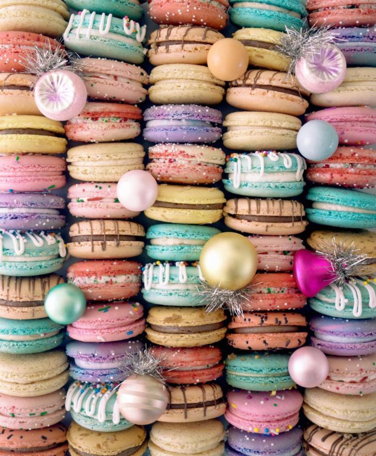 Holiday Macaron Platter 2